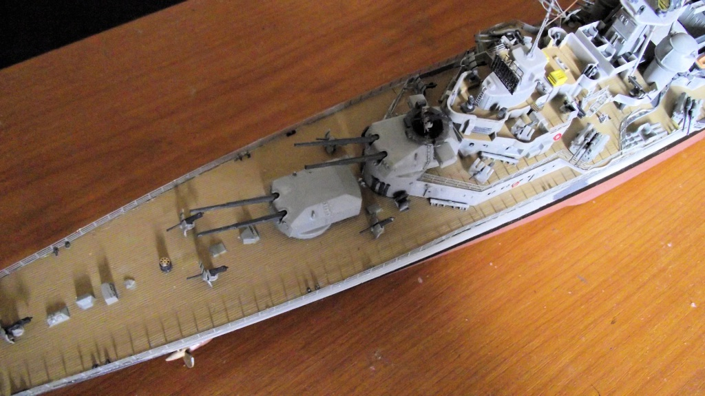 Prinz Eugen Trumpeter au 1x350 avec PE 890090PrinzEugen1x35061