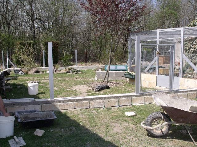Recherche idées pour construire un enclos en parpaing 892131801