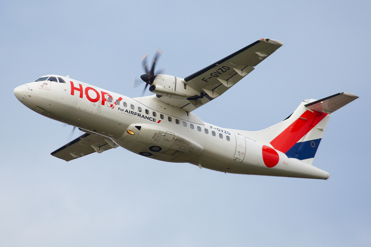 [14/12/2013] ATR-42 (F-GVZD) Hop! 896759GRX9159