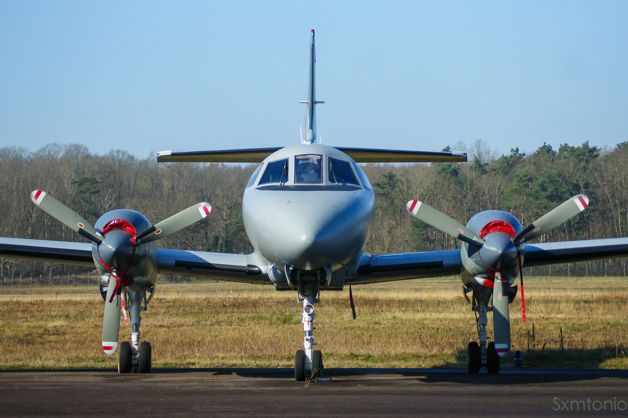 Aerodrome d'Auxerre-Branches LFLA-AUF 89676102032014DSC04397