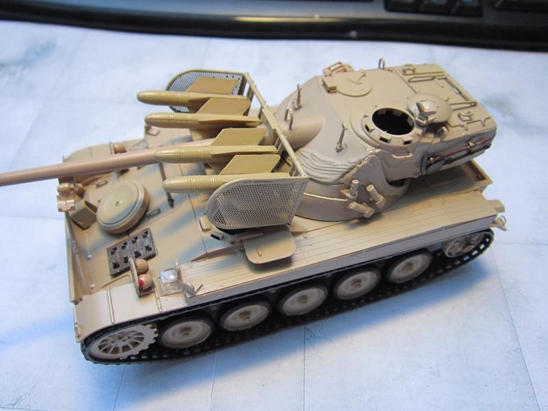 AMX 13 SS 11  Heller au 1/35 897953IMG0514800x600