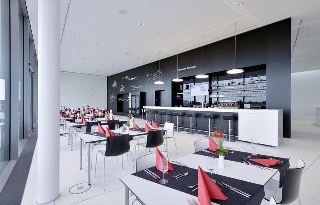 AUDI AG inaugure un complexe high-tech à Neubourg 898771AU140605large