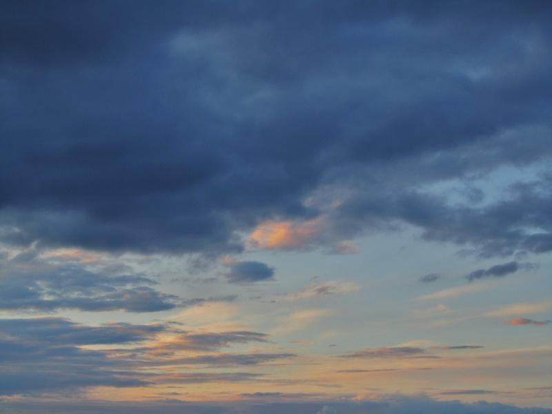 FIL ROUGE : Le ciel et les nuages  - Page 3 903905006