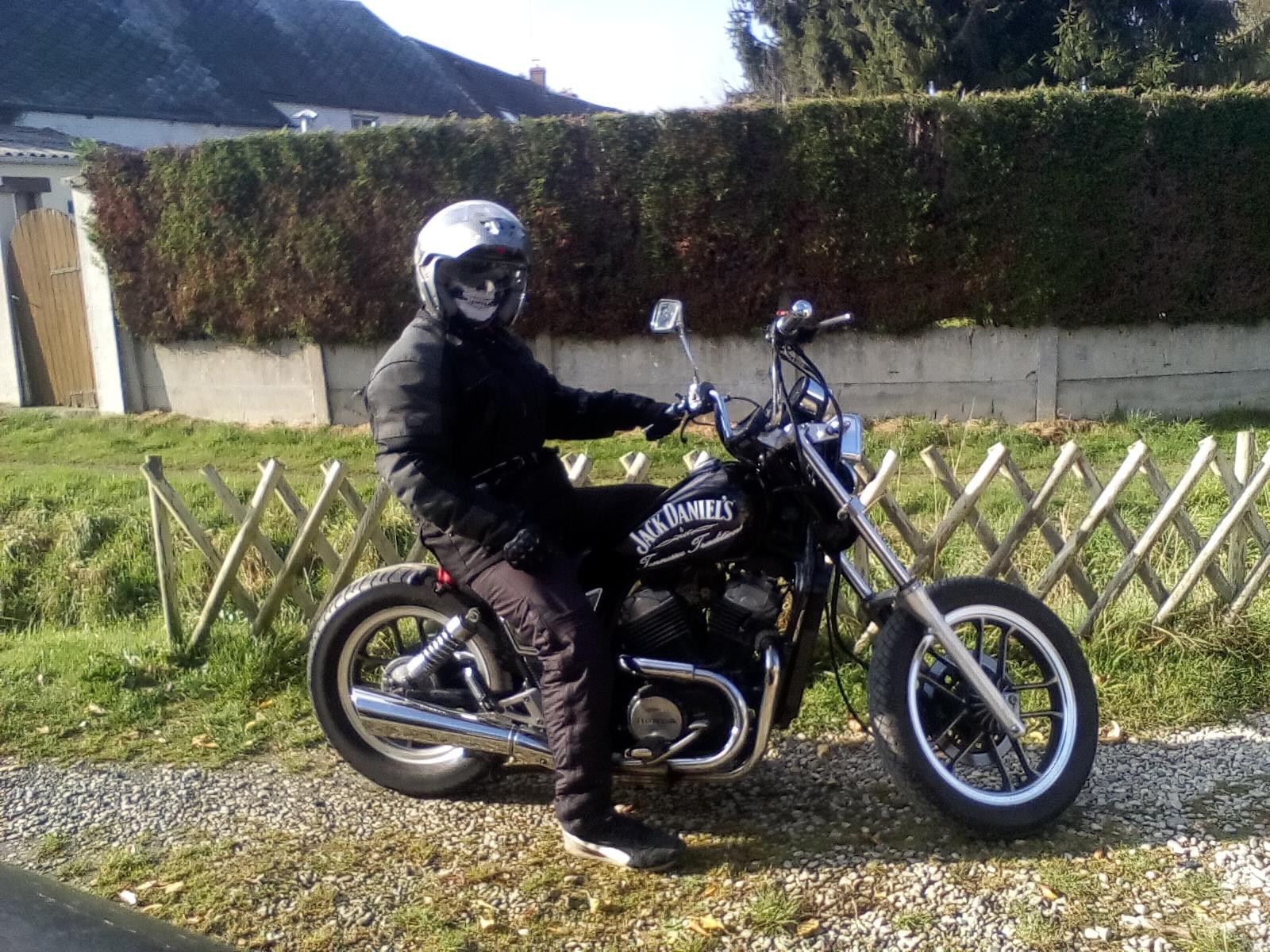 vt500c  transformation  en bobber, mes motos Deauville, Shadow 600 905323IMG20161105123025