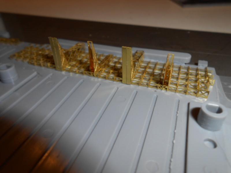 PA AKAGI 1/350 de chez Hasegawa PE + pont en bois par Lionel45 905510AKAGI043