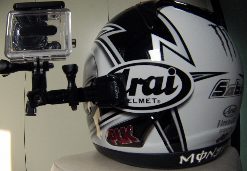 Gopro sur casque moto intégral 905870casque2