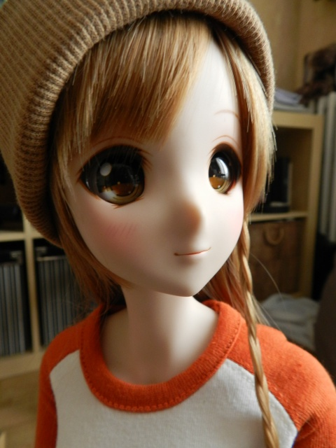 Box opening Smart Doll Mirai 90646220141222134427