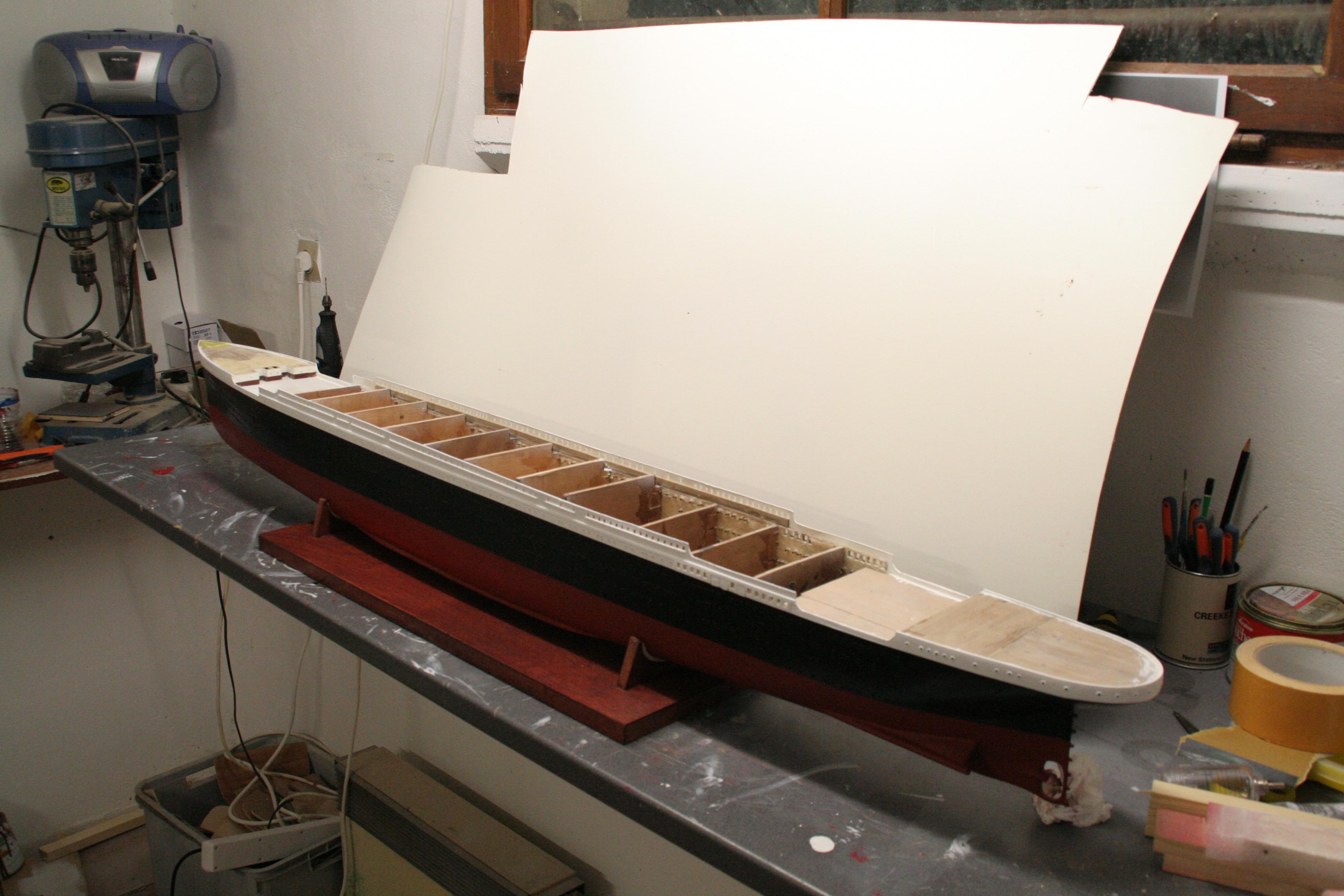 RMS Titanic sur plan   au 1/200 906941IMG2414