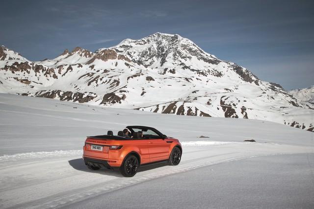 Range Rover Cabriolet, Un SUV Pour Toutes Les Saisons 913193RREVQConvertibleDrivingSnow09111505