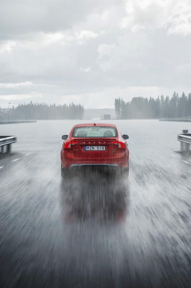 Bientôt un futur sans accident pour Volvo Cars grâce à l'ouverture du centre d'essais AstaZero 914463AstaZeroRuralroad3