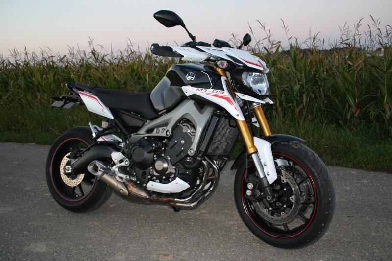 Photos de toutes les Yamaha MT-09 du forum ! :) 916486YDustinDollin