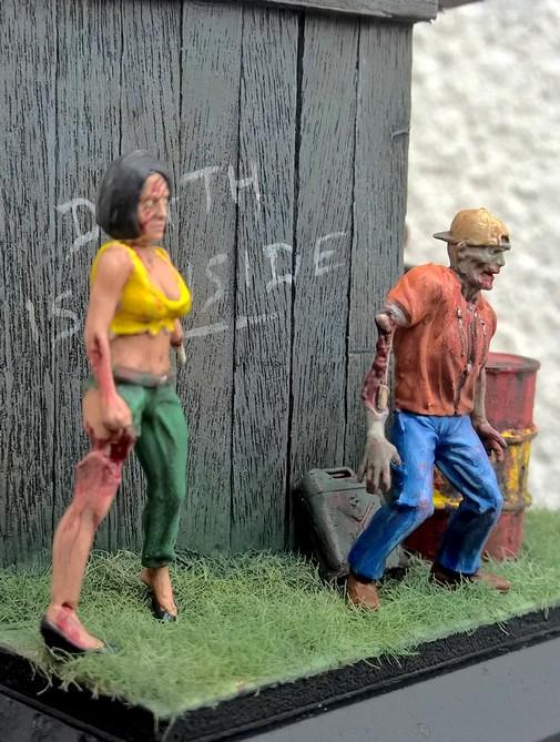Zombies et Noël 916904Zombie110