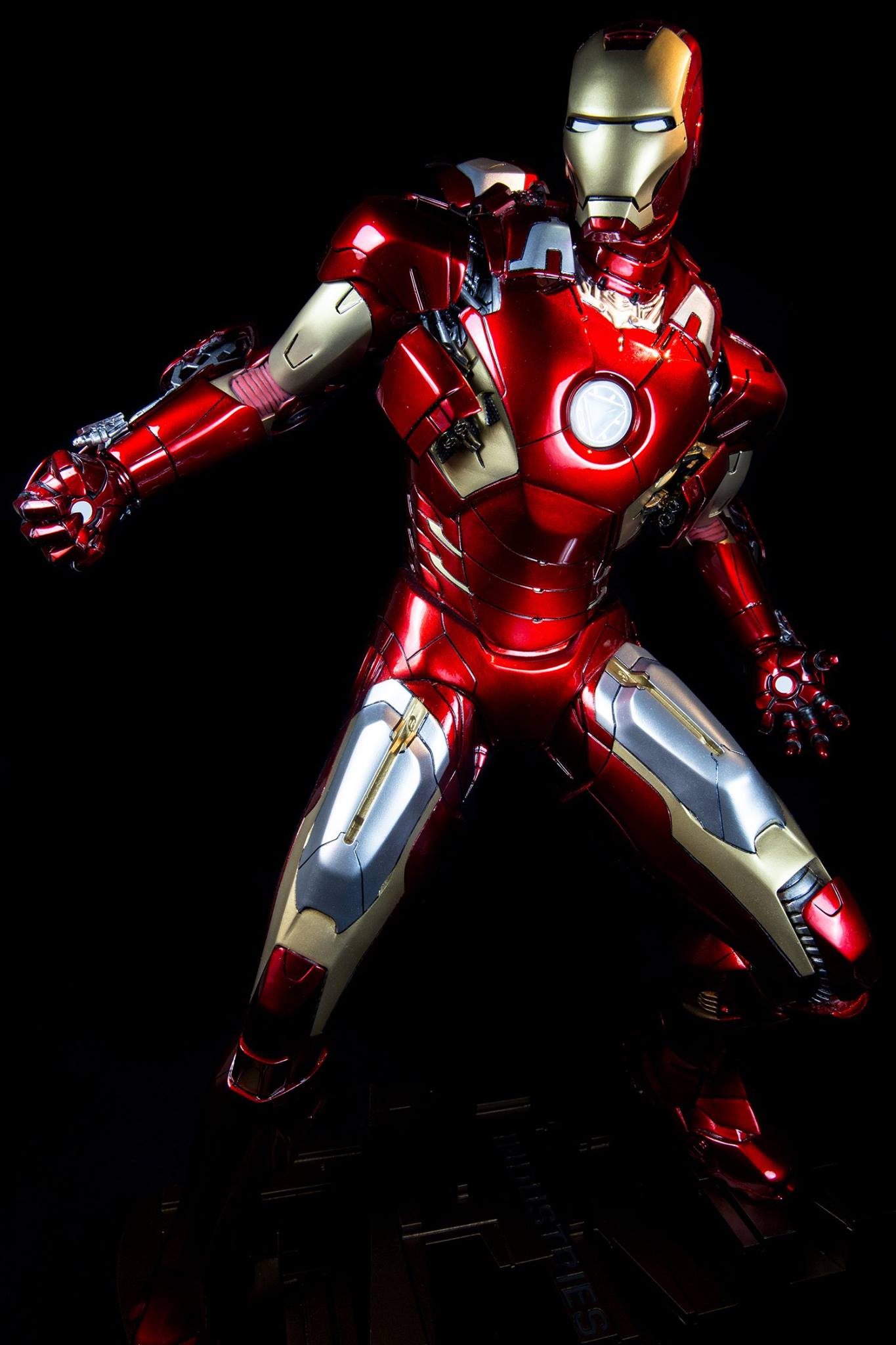 Premium Collectibles : Iron man MK VII - Page 2 9191281045443414035865898620368081687945474291567o
