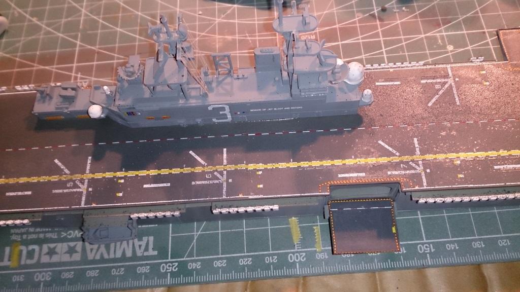 USS KEARSARGE LHD-3 1/700 REVELL 919675Kearsarge36