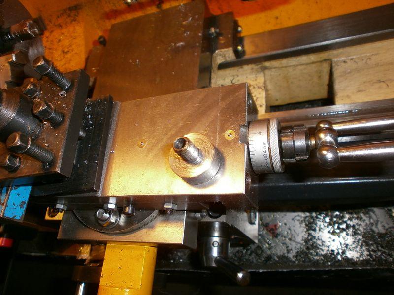 """Fabrication d'un """"bouchon"""" pour mon bac à copeaux pour récupérer le fuide de coupe 920010PB100035"""