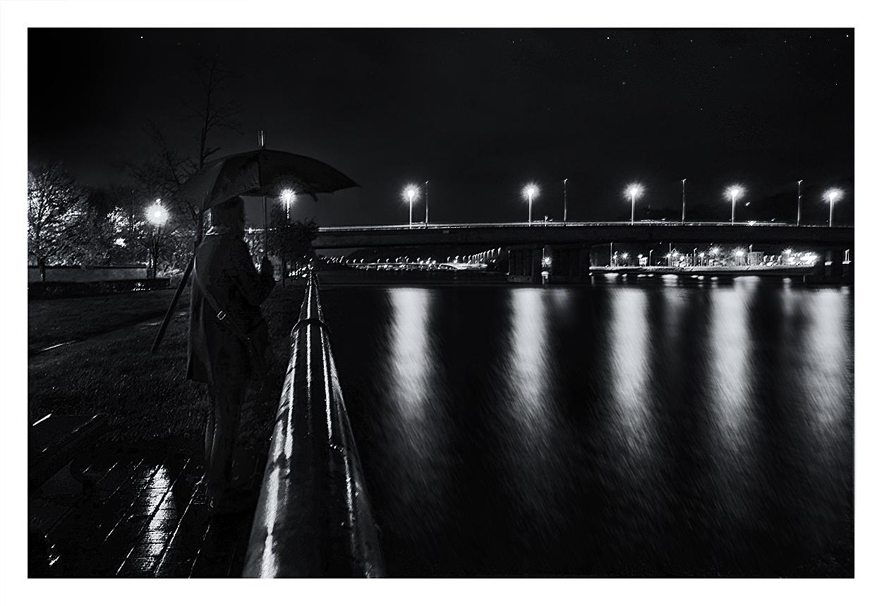 La Meuse, la nuit. 921512hermalle3bis
