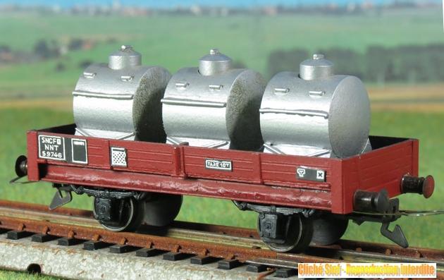 Wagons plats 2 ess maquette et semi maquette chargés par ordre alphabetique 921619VBmaquetteplat2essciterneslaitaluIMG3396