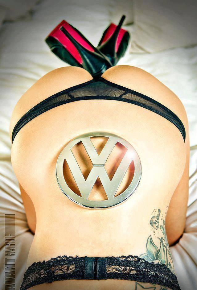 Volkswagen et ses donzelles ... - Page 38 93176119041862219752679917921080417450n