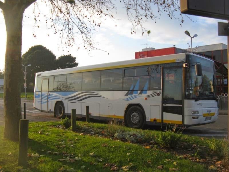 BSA - Bretagne Sud Autocars 933147bsa128