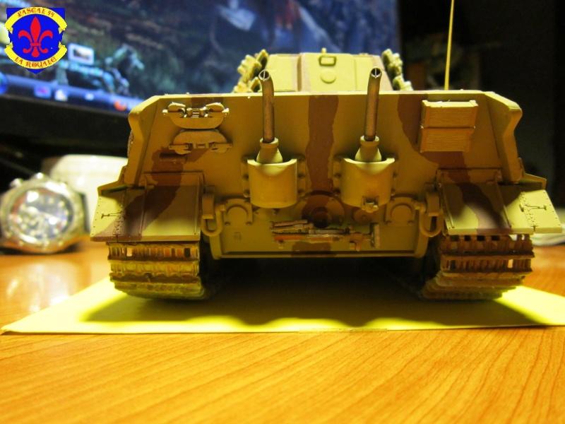 Sd.Kfz.182 King Tiger à tourelle Henschel de Dragon au 1/35e par pascal 94 935815IMG1254L