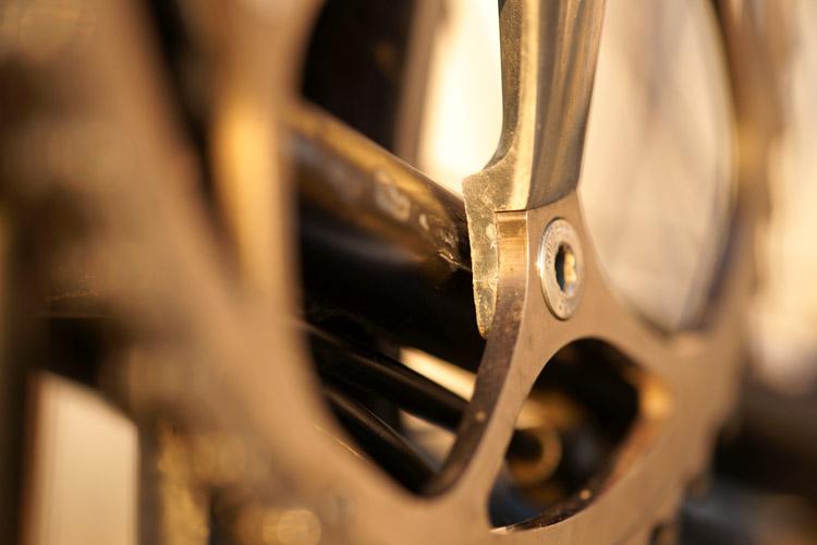 Le pédalier et son boitier : améliorer la transmission en mono-plateau [fiches techniques des montages réalisés] 936243DSC1878750p