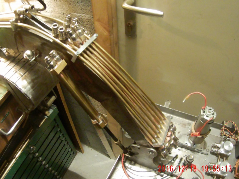 Etudes et réalisation d'une pelle carrière 9100 au 1/14 rétro en base d'une CAT 323 L au 1/10. - Page 6 936261010