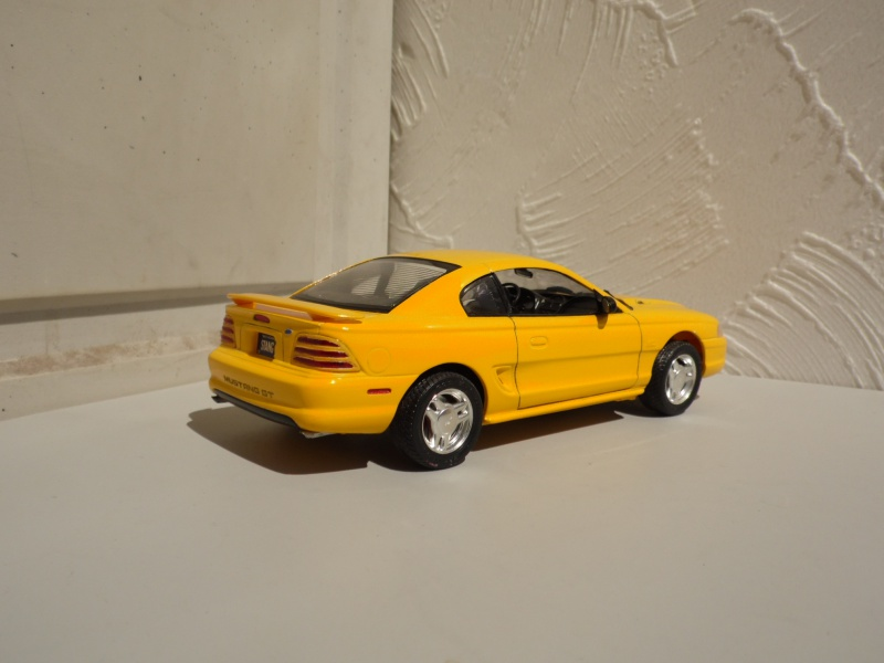 Ford Mustang's 94. 936433SAM4959