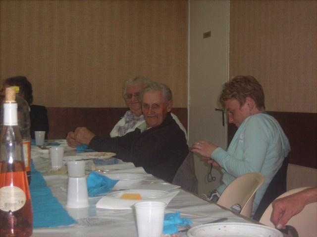 communion privée -du 17 mai 2009 941508Jun0875