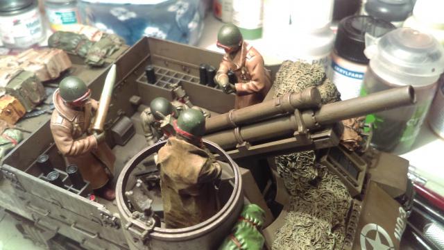 M7 PRIEST Italeri et M8 Howitzer Tamiya 1/35 - Page 10 947349IMAG0071