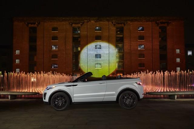Range Rover Cabriolet, Un SUV Pour Toutes Les Saisons 948455RREVQConvertibleReveal01