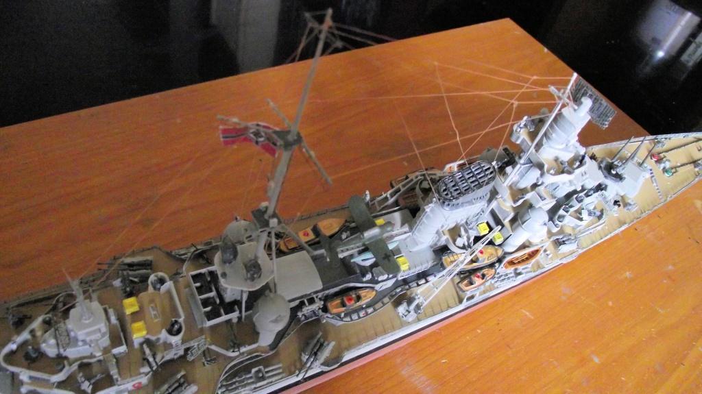 Prinz Eugen Trumpeter au 1x350 avec PE 951610PrinzEugen1x35062