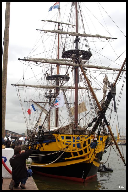 Rouen 953354Armada201310