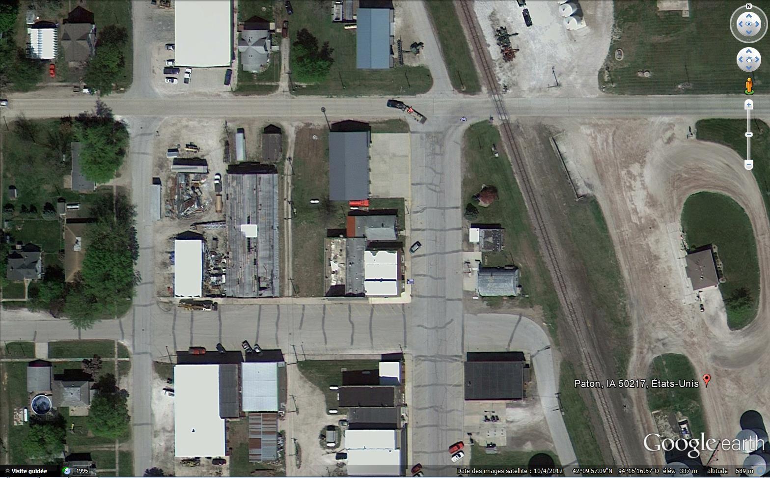 STREET VIEW : les camions de pompiers  - Page 5 953658pompiers1b