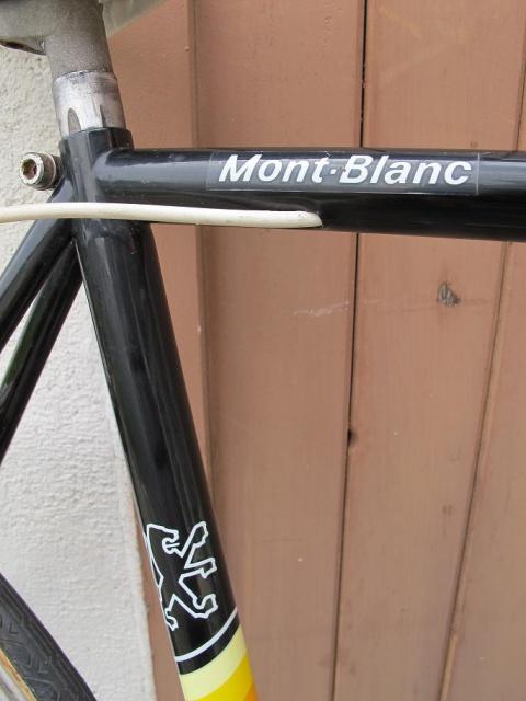 Peugeot Mont Blanc qui est noir !  9566943813