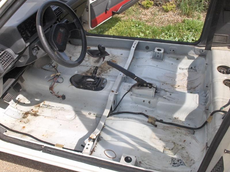 Replique 205 GTI Gr N de Jean Sébastien Couloumies 957101HPIM5199