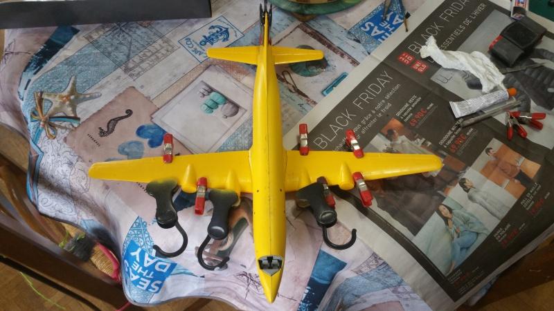 DOUGLAS DC-6B SECURITE CIVILE maquette HELLER au 1/72° 95943920171206114607
