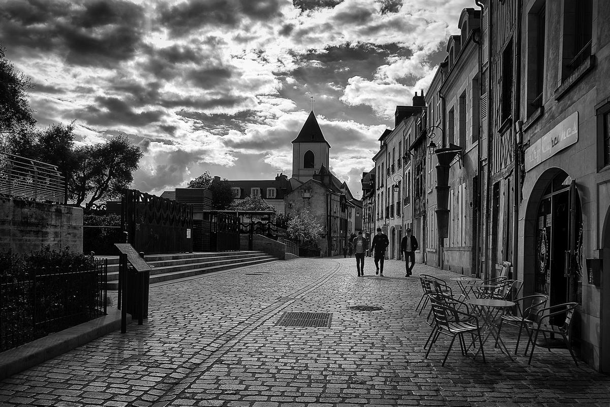 Pilou Noir et Blanc - Photos urbaines. - Page 15 960055Test1003356x1000