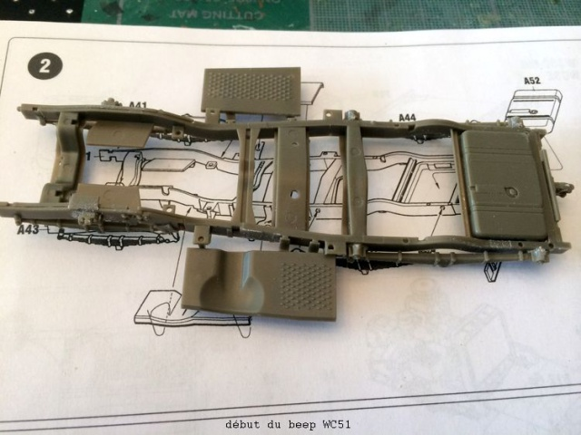 us white 666 cargo truck au 1/35 en Normandie hobby boss - Page 5 962086dodge003