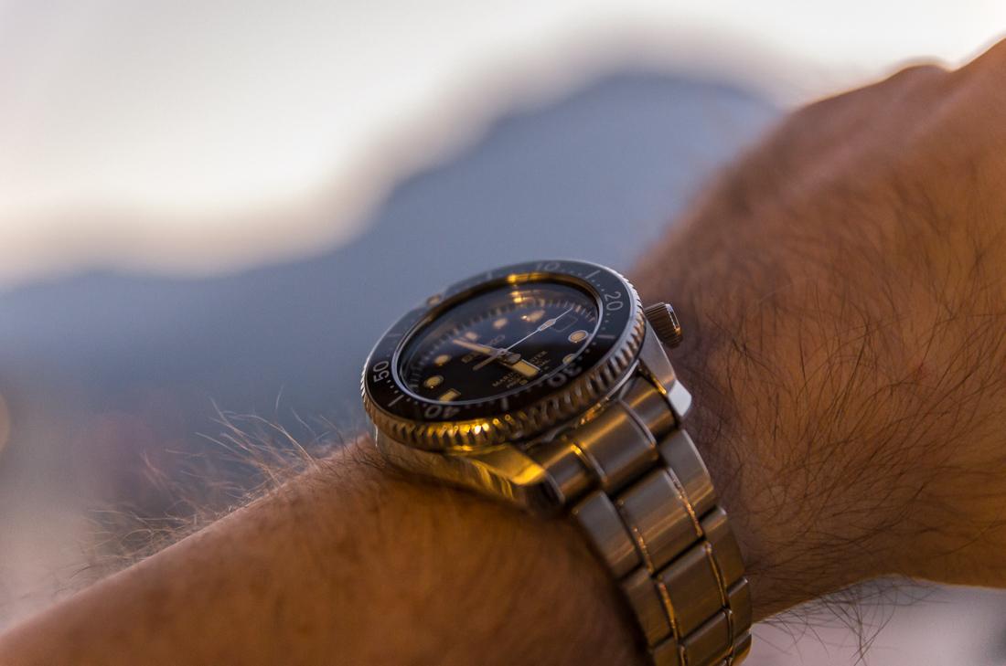 La montre du vendredi 31 octobre 964687FDL03056
