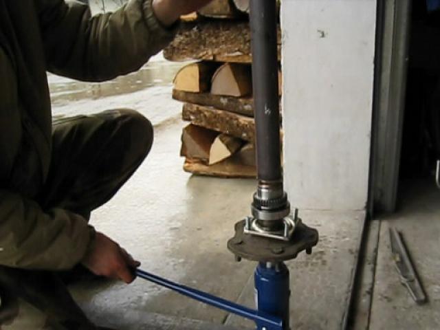 modification flasque tambours arrières pour démontage rapide des roulements 965453MVI2068avisnapshot000820140104213014