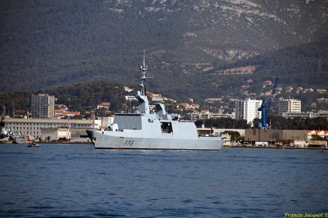 [LES PORTS MILITAIRES DE MÉTROPOLE] Mouvements de Bâtiments dans la rade de Toulon - Page 13 966499851