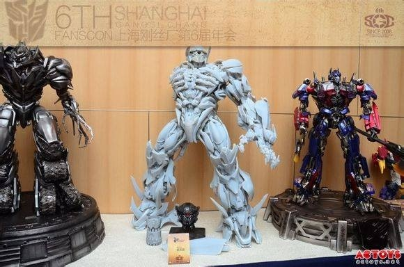 Statues des Films Transformers (articulé, non transformable) ― Par Prime1Studio, M3 Studio, Concept Zone, Super Fans Group, Soap Studio, Soldier Story Toys, etc - Page 3 966915image1
