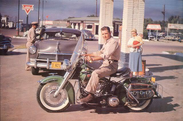 Les vieilles Harley....(ante 84)..... - Page 3 971115405674101506394873824571615913191n