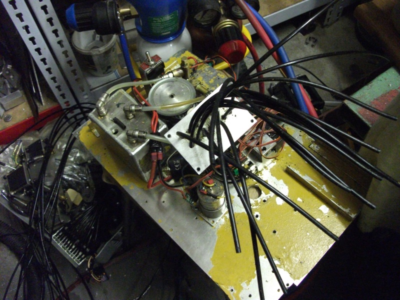 pelles électro hydrauliques LIEBHERR 964 B - Page 13 971185001