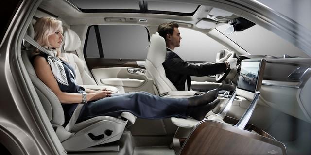 Volvo Cars a dévoilé Sa Nouvelle Lounge Console à Shanghai 971330161568VolvoXC90ExcellenceLoungeConsole