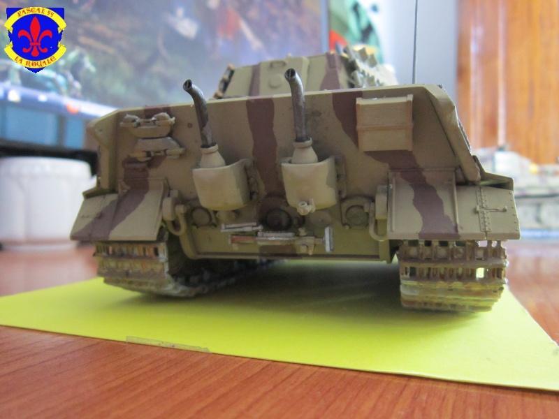 Sd.Kfz.182 King Tiger à tourelle Henschel de Dragon au 1/35e par pascal 94 972122IMG1270L