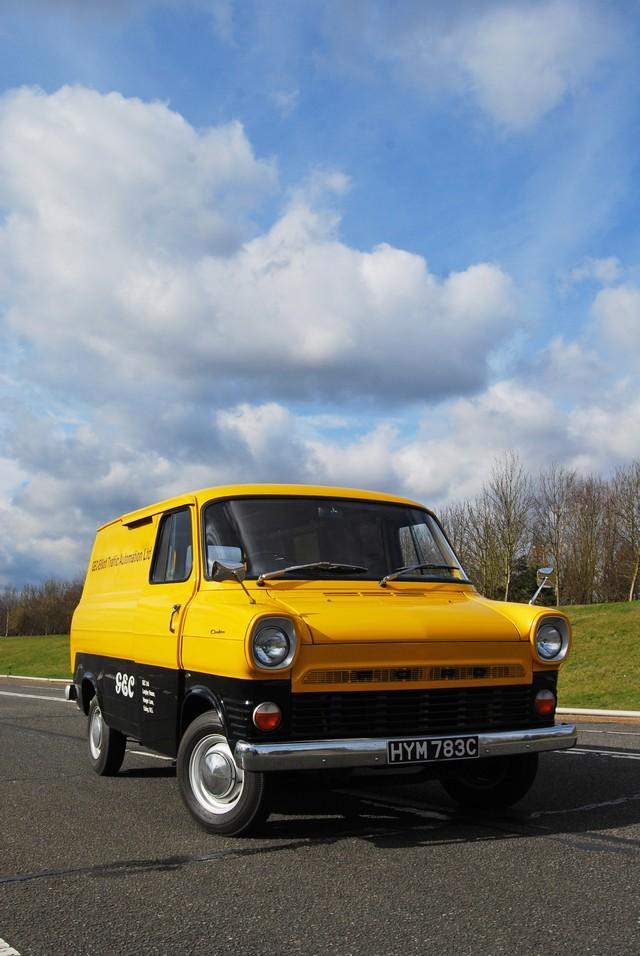 Le Ford Transit fête ses 50 ans ! 972826TransitCelebrations031