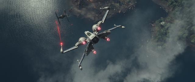 [Lucasfilm] Star Wars : Le Réveil de la Force (2015) - Page 4 974620w34