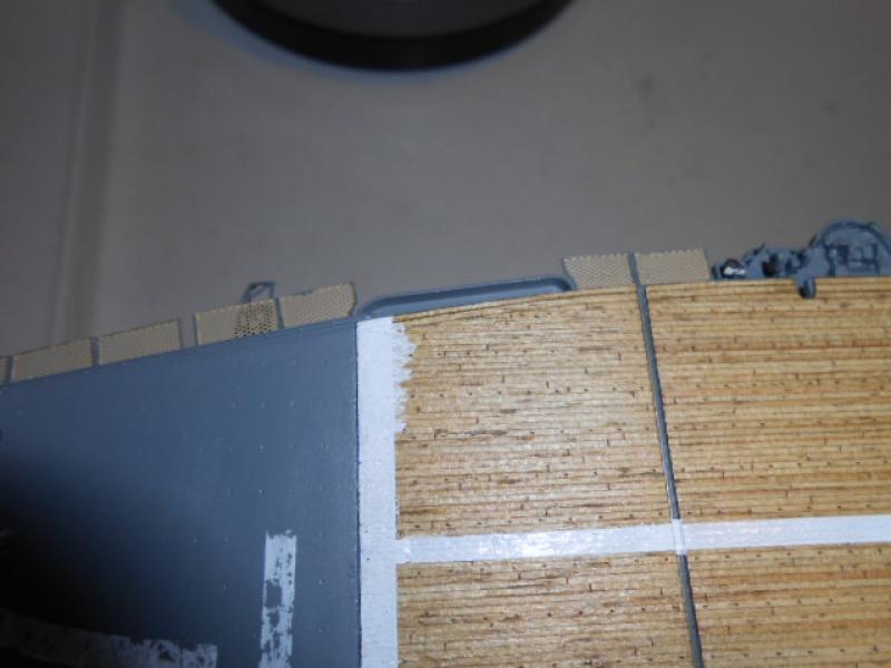 PA AKAGI 1/350 de chez Hasegawa PE + pont en bois par Lionel45 - Page 5 975466Peintureaka010