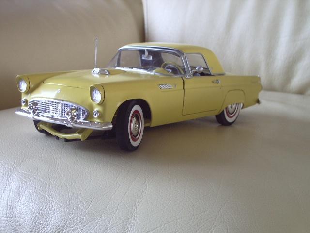 ford thunderbird 1955 au 1/16 de chez amt  9755602636